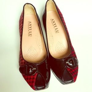 Anyi Lu Houndstooth and patent buckle heels 7.5